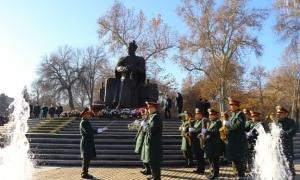 Фото: В Самарканде отметили День защитников Родины